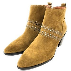 Lucky brand latinia studded boots
